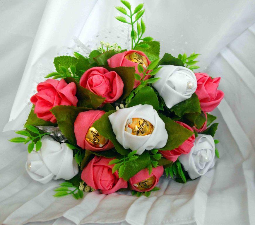 Тюльпаны из бумаги и конфет пошаговое для начинающих